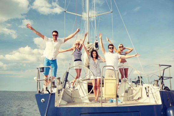Праздник на яхте в море